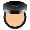 bareMinerals barePRO Performance Wear Powder Foundation 10 g – Warm Light 07