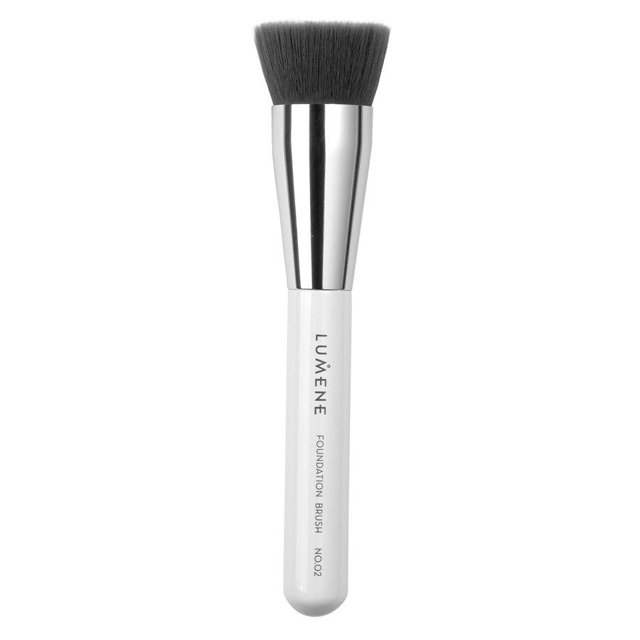 Lumene Nordic Chic Foundation Brush No. 02